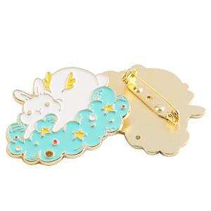 Custom LOGO Enamel Pin Cartoon Animal Decoration Metal Badges